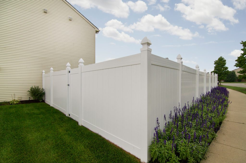 Fence Installation - Salient Landscaping | Residential and ...